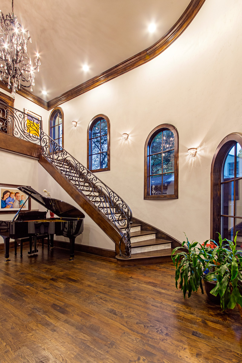 Entry-staircase
